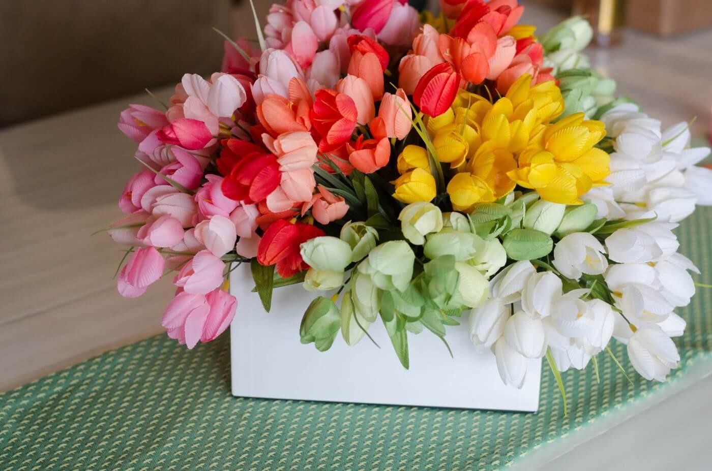 """Spring Tulip """"fauxBULOUS"""" centerpiece"""