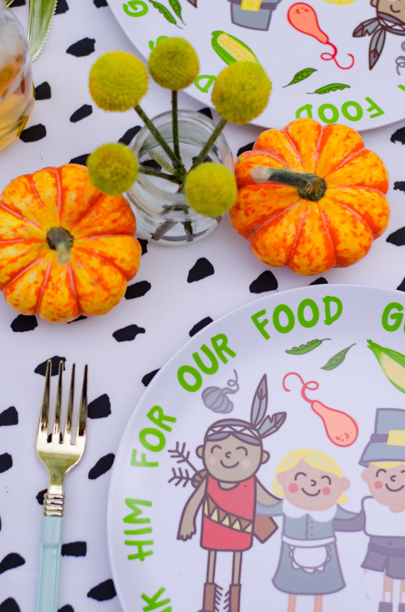 Thanksgiving Kids Table with Coton Colors